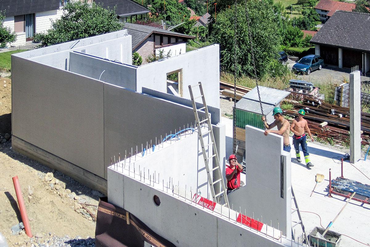 Neubau einfamilienhaus thalheim merz macht den bau for Neubau einfamilienhaus